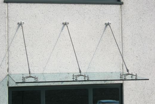Tettoie in vetro per esterni da installare al vostro bar