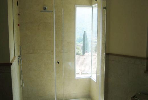 L'arredo da bagno in vetro come vuoi tu!