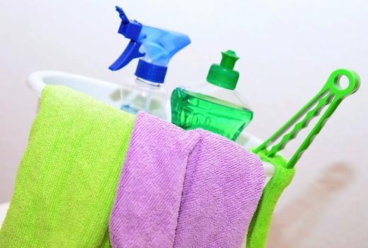 Come pulire il box doccia in vetro in maniera green
