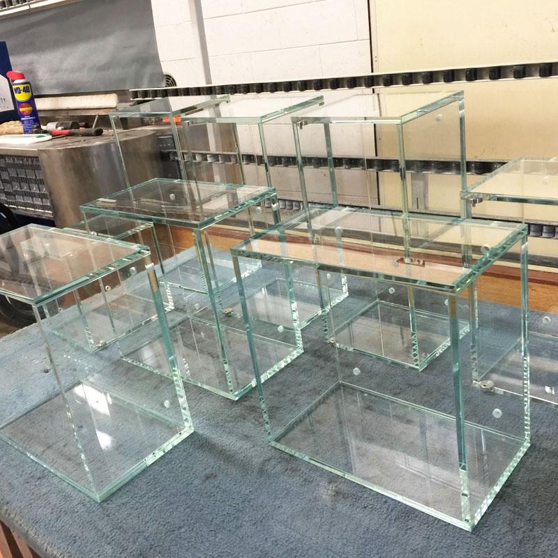 Espositori in vetro per la tua casa