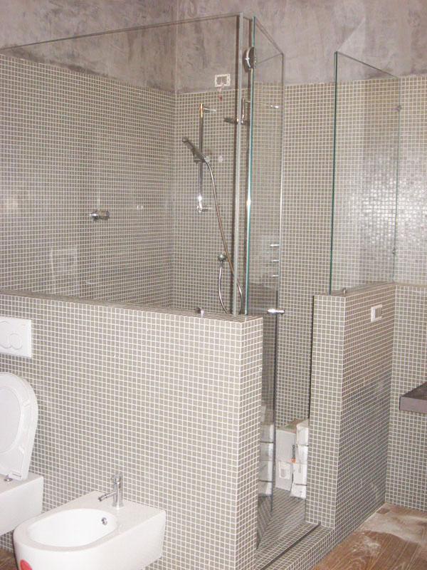 Il design unico dei box doccia in vetro