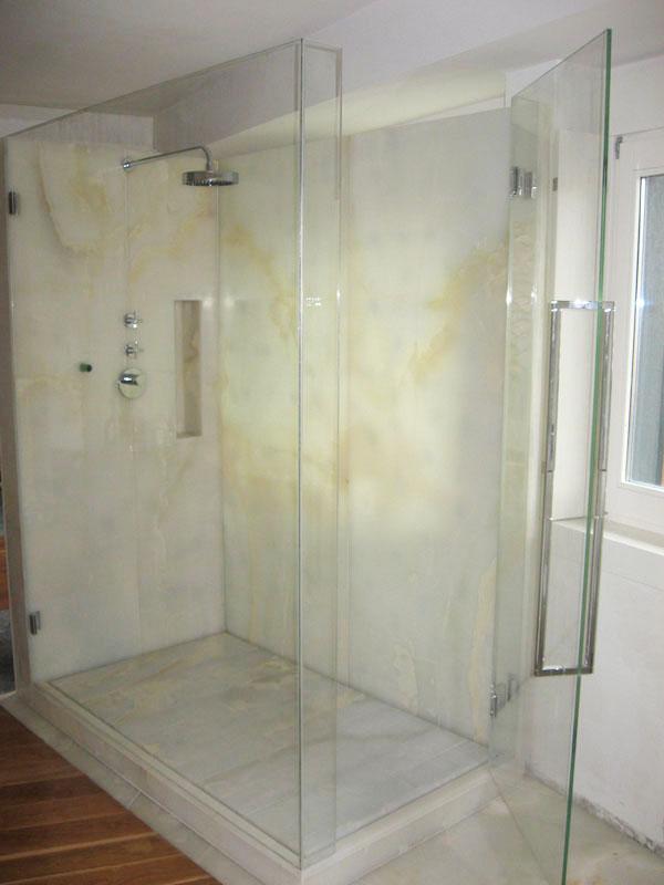 Il box doccia in vetro Novavetro